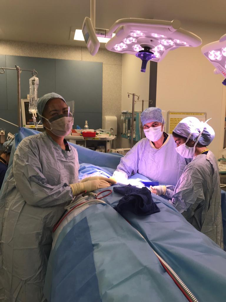 breast surgeons operating